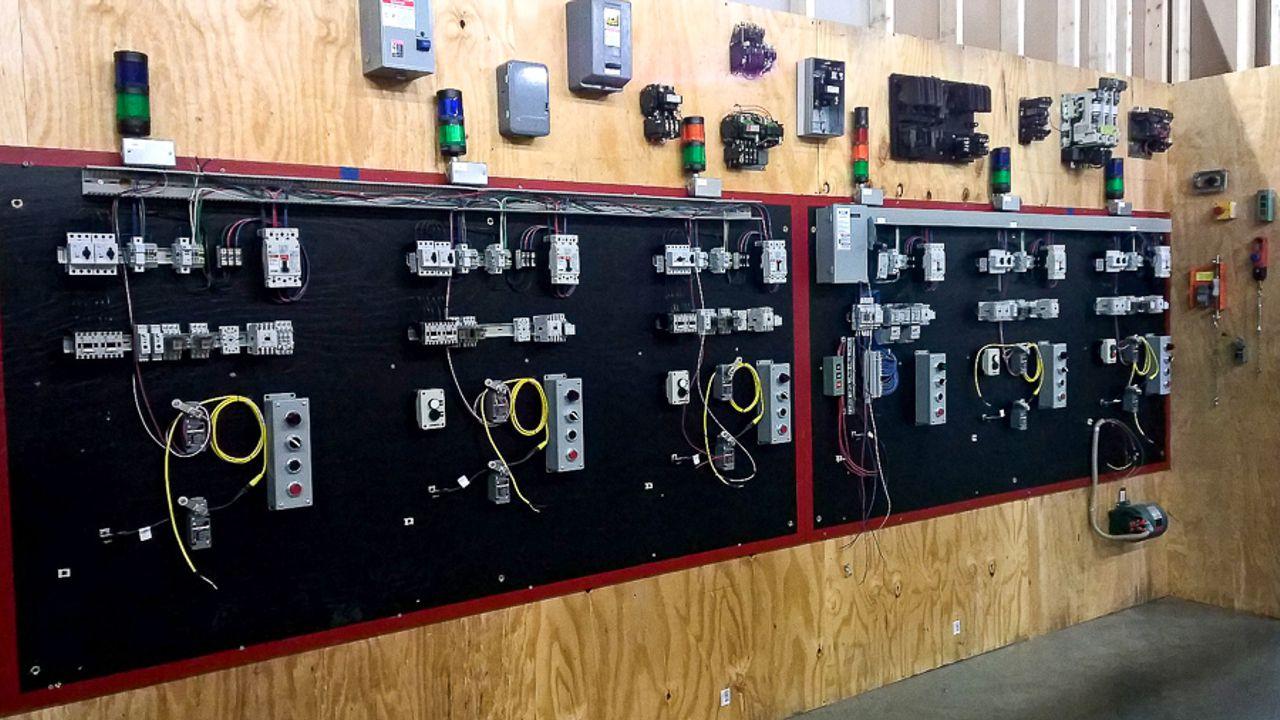 Carolinas Electrical Training Institute classroom